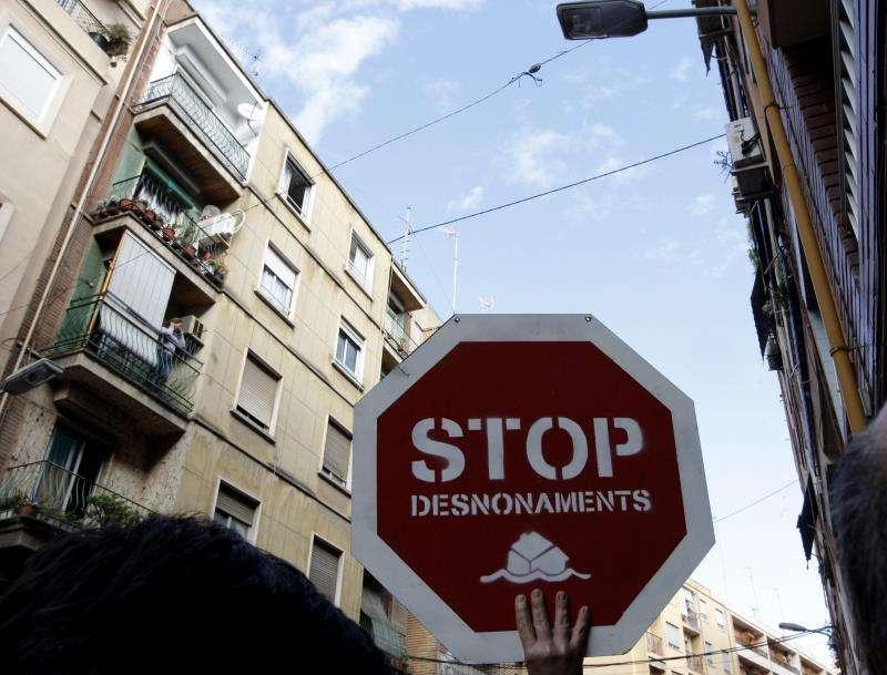 Imagen de archivo de una protesta por un desahucio. EFE/Archivo