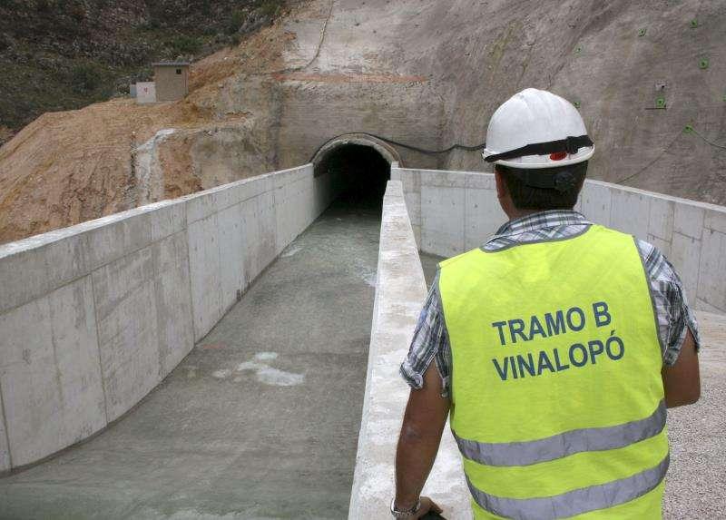 Uno de los túneles del trasvase Júcar-Vinalopó. EFE/Archivo