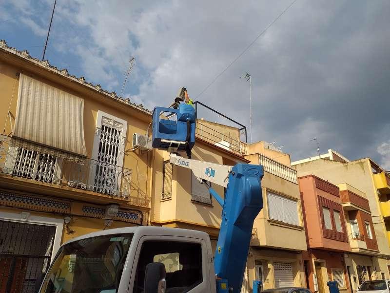 Cambio de luminarias en Burjassot. EPDA