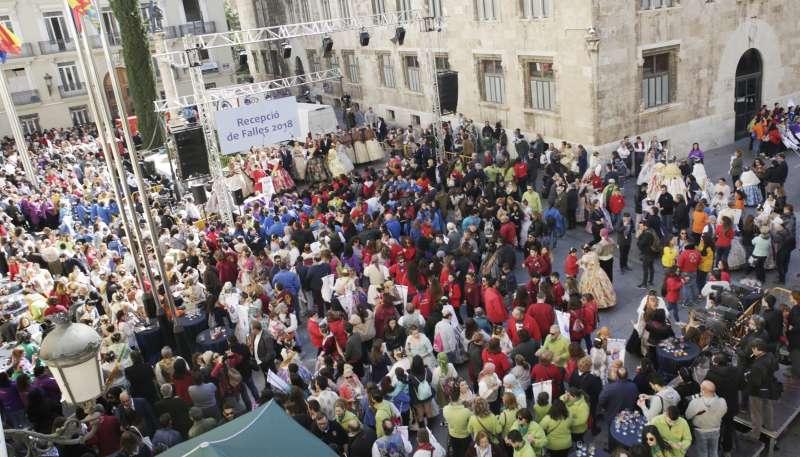 3.000 falleros y falleras han pasado por la Diputación de Valencia este lunes 12 de marzo. FOTO DIVAL