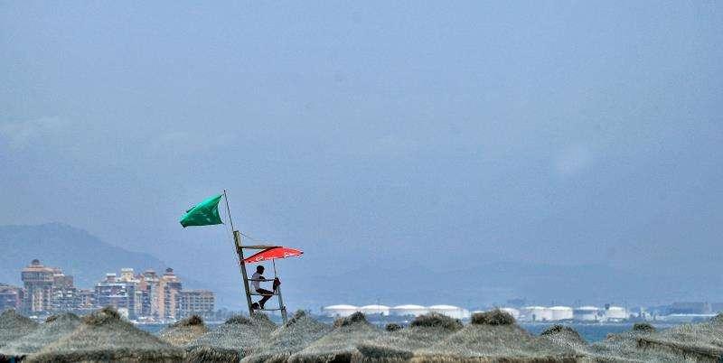 Fotografía de archivo de una playa de Valencia. EFE/Archivo