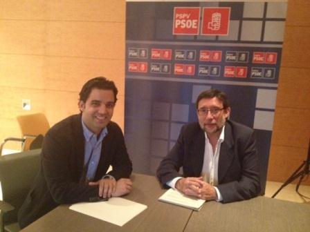 El portavoz socialista de Paterna, Juan Antonio Sagredo con el diputado autonómico socialista, Igancio Subías. Foto: EPDA