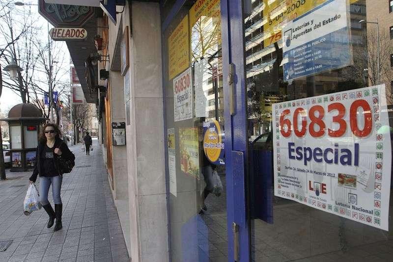 Fachada de una administración de Lotería. EFE/Archivo