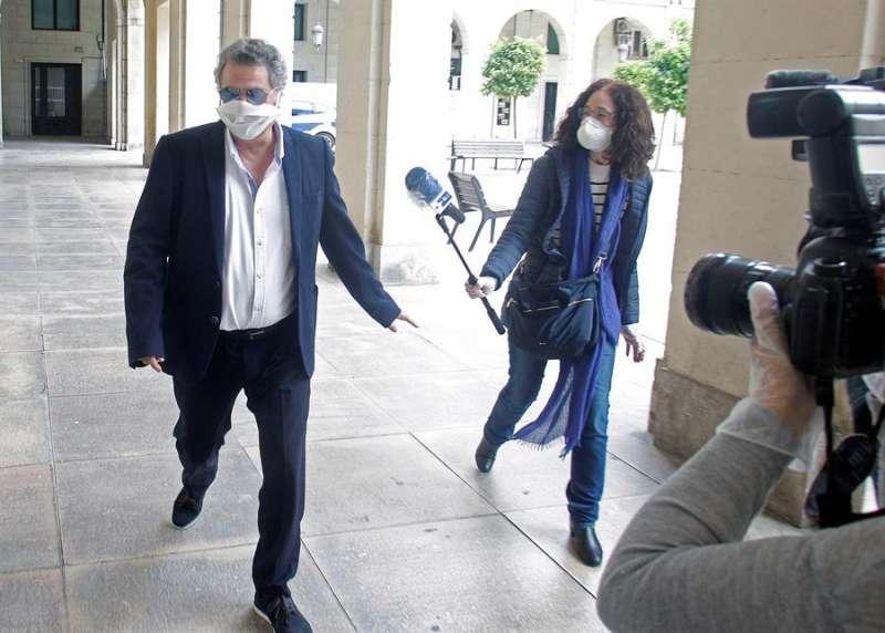 El empresario alicantino Enrique Ortiz, a su llegada, este miércoles, a la Audiencia Provincial de Alicante. EFE