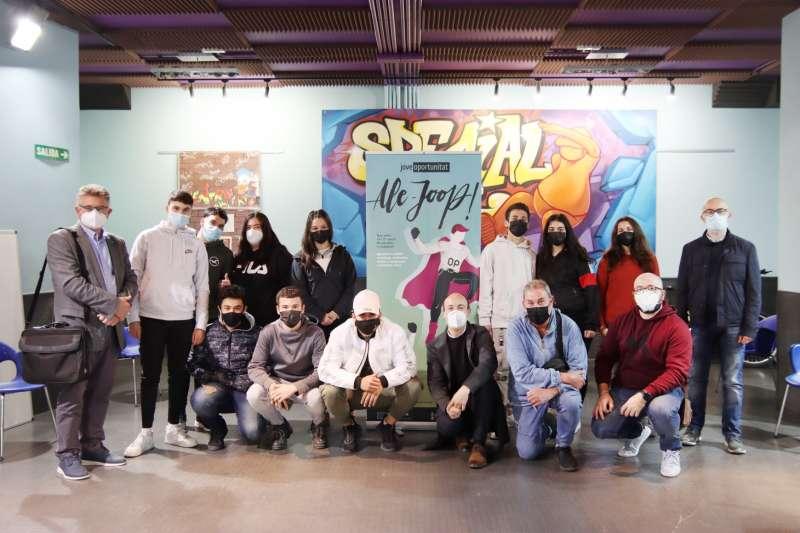 Grup de 13 joves. EPDA