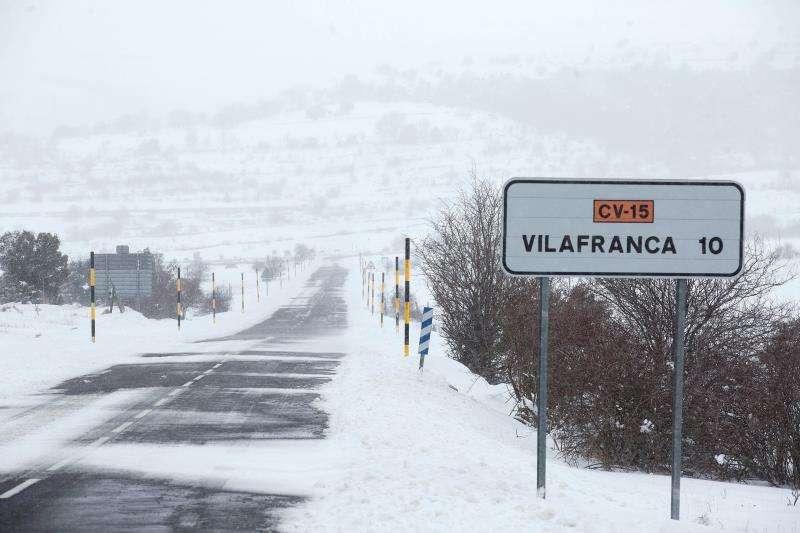 Imagen de archivo de un paisaje nevado el pasado febrero en la localidad de Vilafranca, Castellón. EFE/Archivo