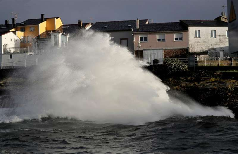 Mar agitado en un día de viento. EFE