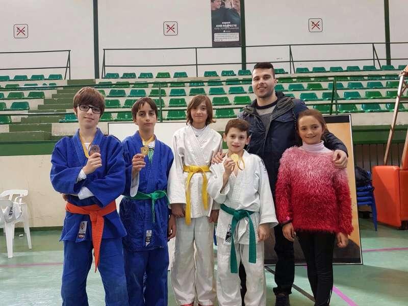 Algunos de los medallistas del Judo Canet. EPDA