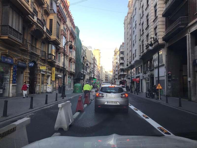 Retenciones en la calle Russafa de València. EPDA