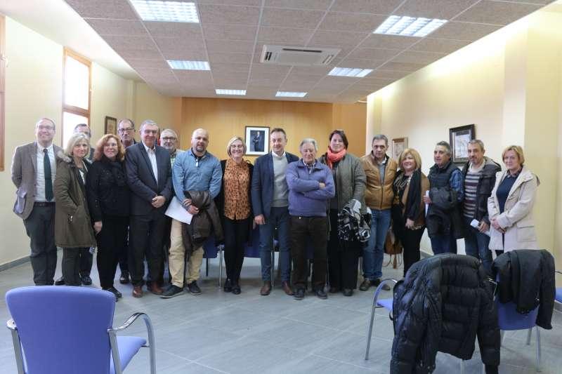 La consellera con alcaldes del Palancia