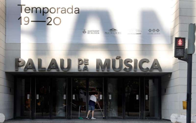 Imagen de la fachada del Palau de la Música. EFE/ Juan Carlos Cárdenas/Archivo