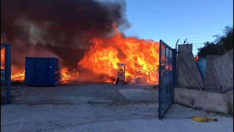 Incendio en Alicante. EFE