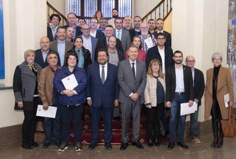 Moliner con los representantes de los municipios beneficiarios