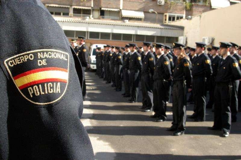 Agentes de la Policía Nacional en prácticas. EFE/Archivo