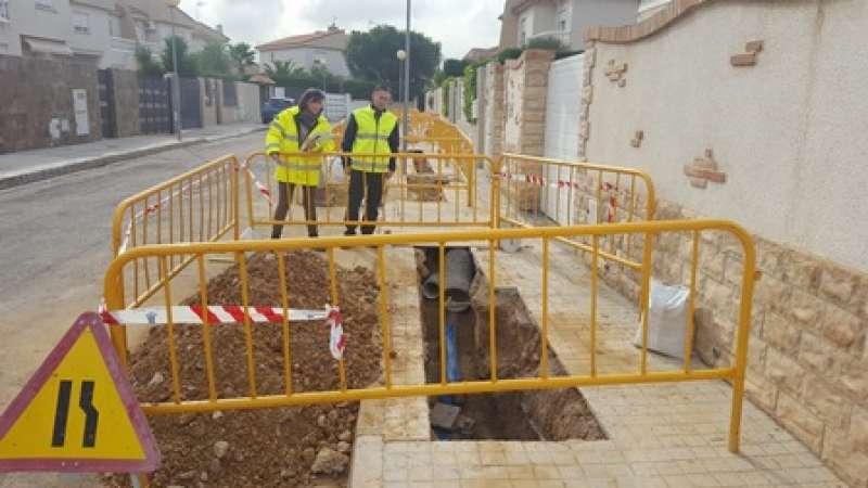 Obras para mejorar la red de agua potable en Torrent. EPDA