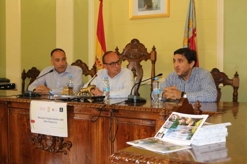 El alcalde de Viver, Vicente Martín presidió el acto