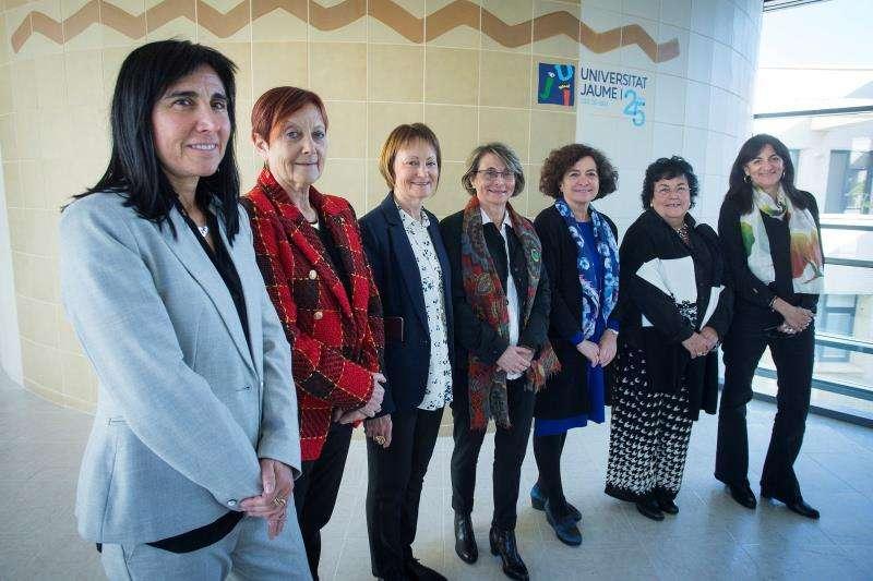 Las siete rectoras de las universidades públicas españolas. EFE/Archivo