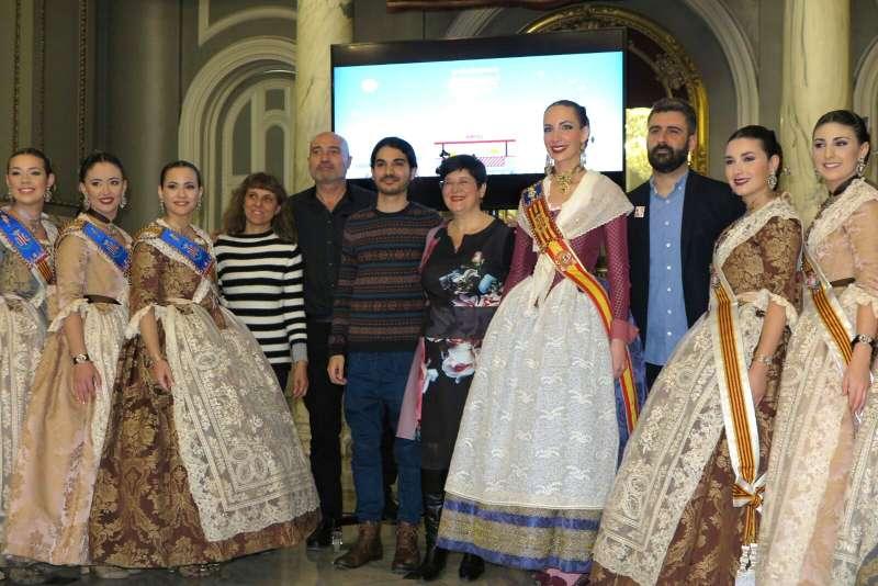 El diputat de Cultura, Xavier Rius, Pere Fuset, Imma Cerdà, la Fallera Major de València, Raquel Alario, i la seua cort d
