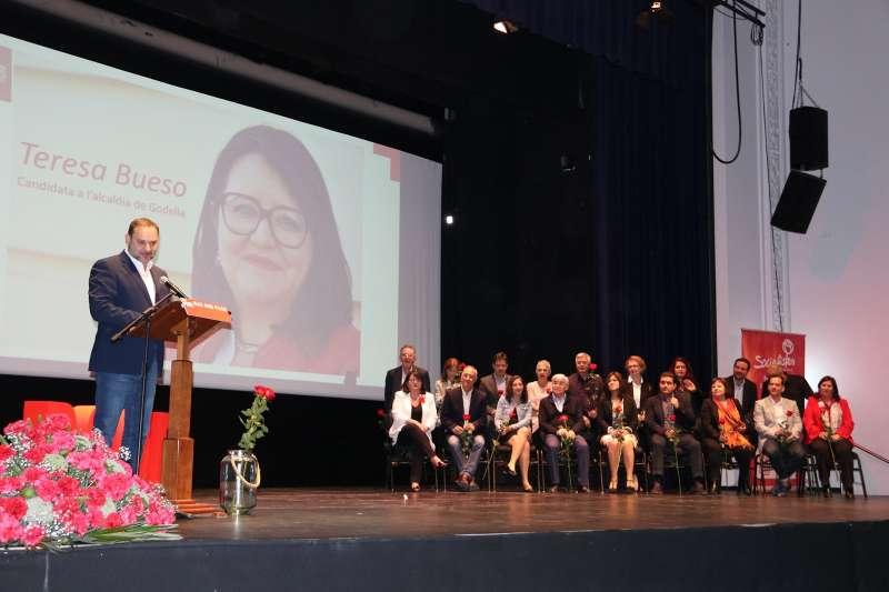 Ábalos dio su apoyo a la lista de Teresa Bueso en Godella