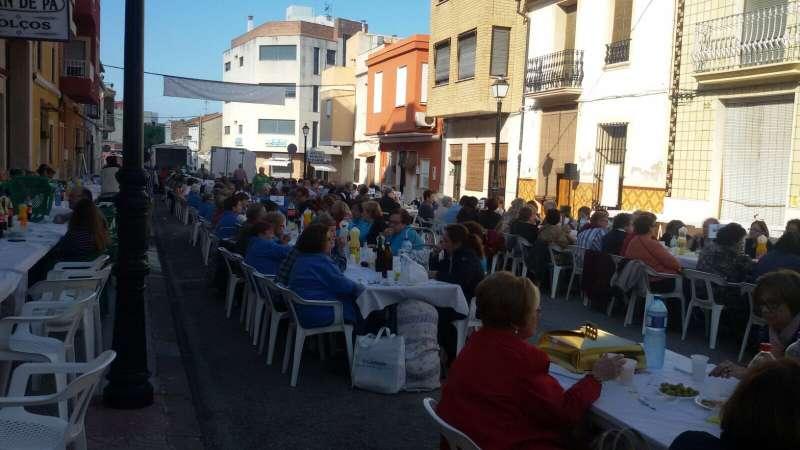 600 personas acudieron a Favara. FOTO DIVAL