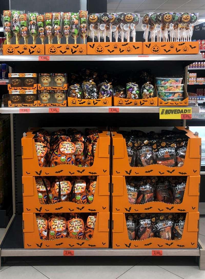 Surtido de Halloween en el lineal de Mercadona
