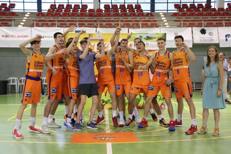 Valencia Basket celebrando el título. EPDA