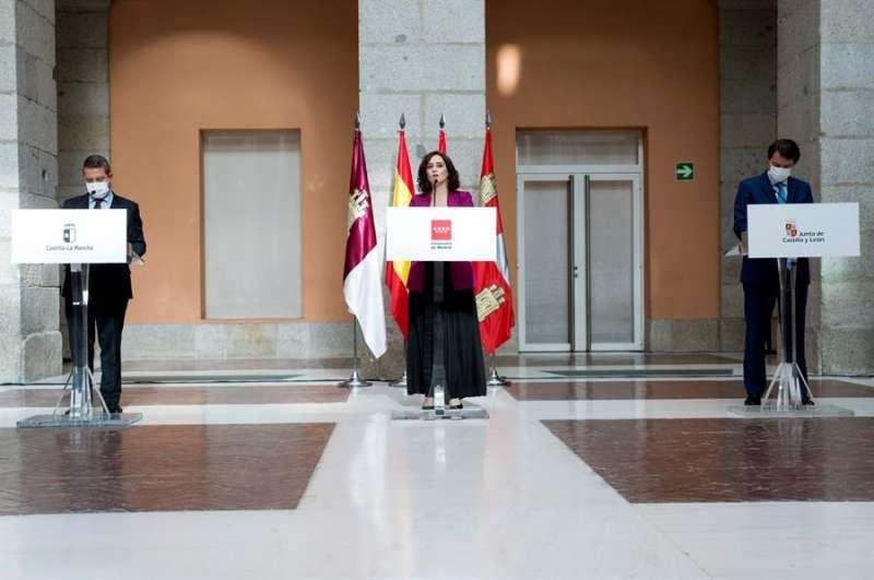 La Presidenta de la Comunidad de Madrid, Isabel Ayuso; el de Castilla-La Mancha, Emiliano García-Page; y de Castilla y León, Alfonso Fernández Mañueco. EFE