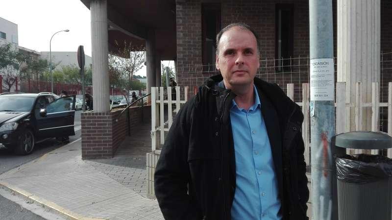 Rubén Ferrer (Riba-roja Puede) a la salida de los juzgados