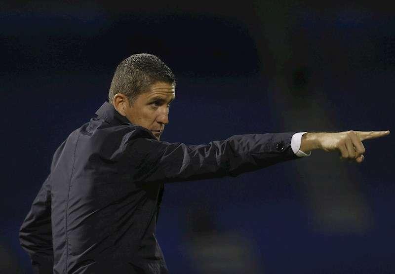 El entrenador español del Wydad de Casablanca, Juan Carlos Garrido, durante un partido. EFE