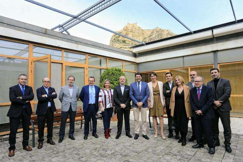 Reunión entre Ayuntamiento y CEV. EPDA