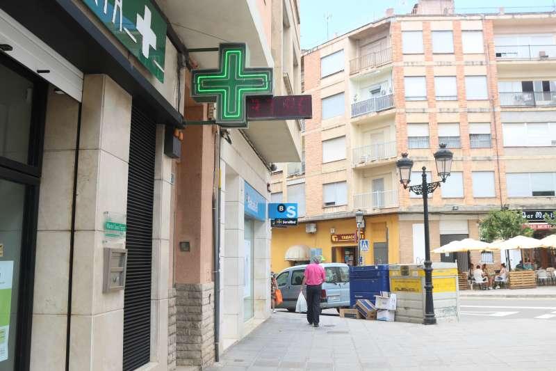 Farmacia de Giménez Salas con 37 grados