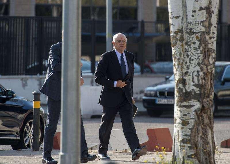 El expresidente de BBVA Francisco González, a su llegada a la Audiencia Nacional. EFE