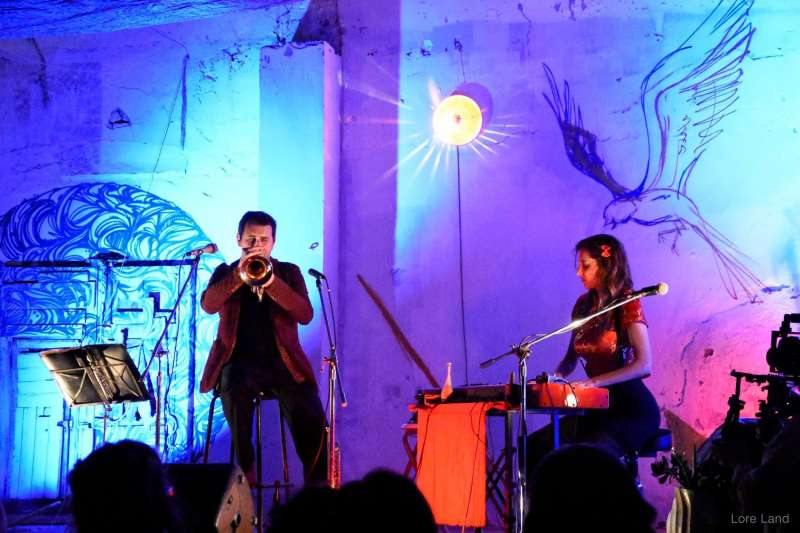 El duo Versonautas en una actuació. EPDA