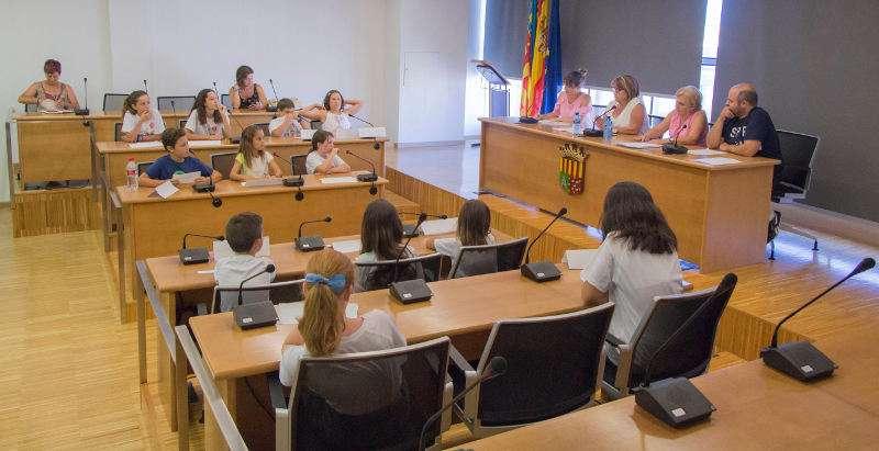 Consell Municipal de la Infància al ple de juliol de PIcassent. EPDA