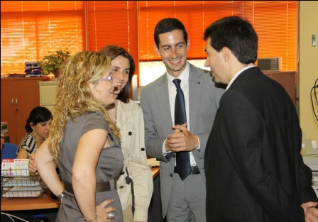 Otro momento de la jornada del nuevo alcalde. Foto EPDA