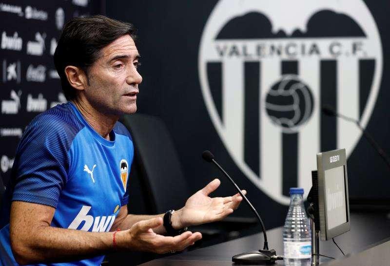 El entrenador del Valencia, Marcelino García Toral, en la rueda de prensa previa al partido ante el Real Mallorca. EFE