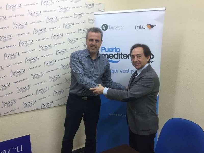 Firma del convenio entre Avacu e Intu Eurofund