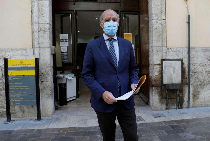 El expresident de la Generalitat, Francisco Camps ha presentado un escrito en el que insta al Consistorio valenciano a reclamar a los promotores las cargas por el circuito de la Fórmula 1 que se construyó cuando él era presidente de la Generalitat valenciana.