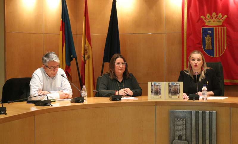 López, Ruth y Rocío en la presentación