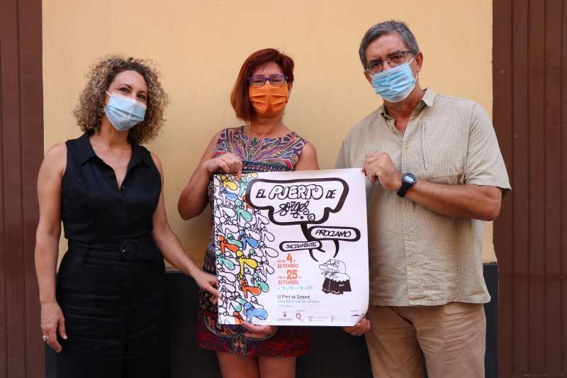 Presentación del cartel de la Exposición Sagunt Forges con Ester Medán (izq), Asun Moll (centro) y Vicent Palací (dech)