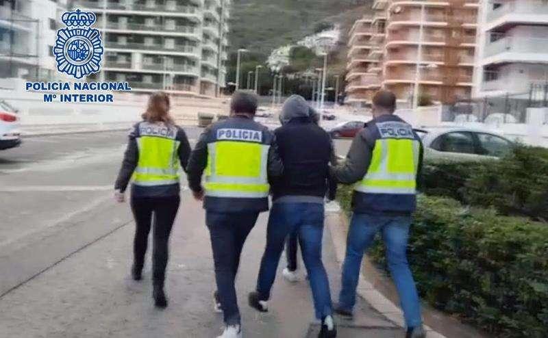 Detención del fugitivo en Cullera. EFE
