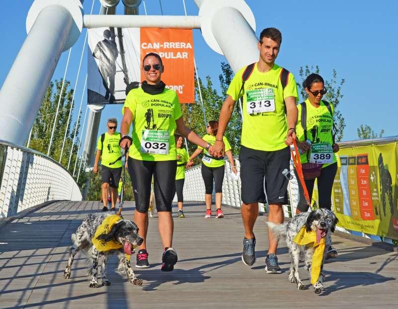 Participantes de la can-rrera de Bioparc València. EPDA
