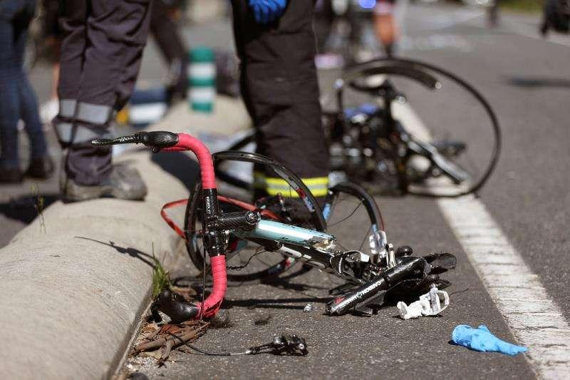 Imagen de un accidente de un ciclista. EFE/Archivo