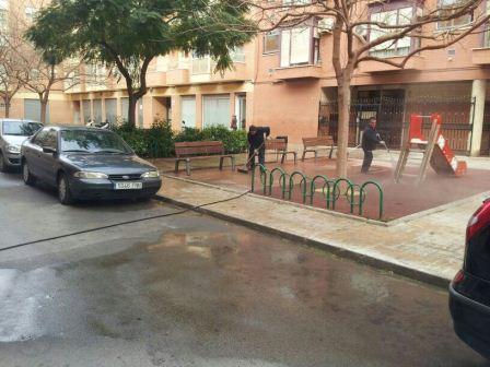 La Brigada realizará una limpieza diaria con agua a presión por las calles del municipio. EPDA