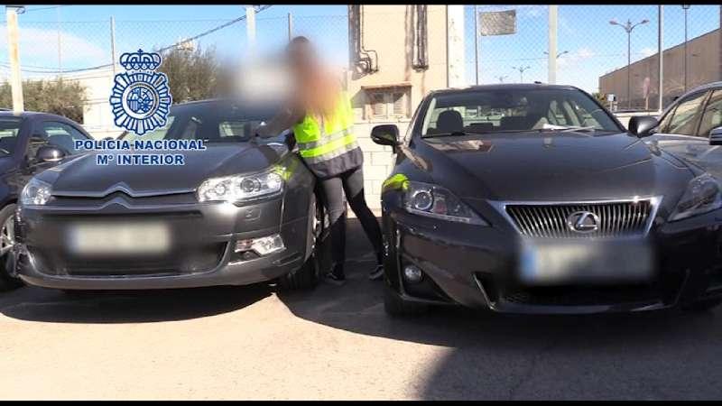 La Policía Nacional detiene a seis personas por la manipulación del kilometraje de vehículos usados