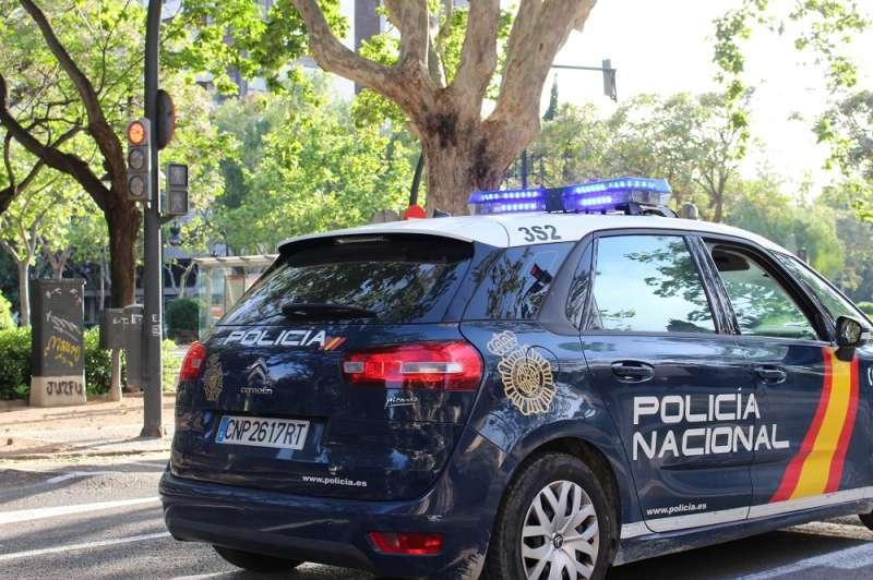 Coche de una patrulla de la policía