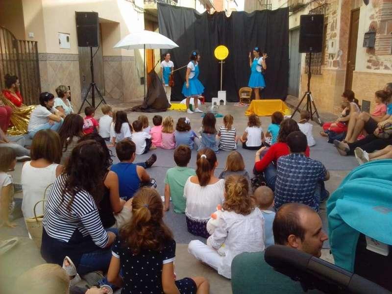 Acte de una edició del Festival de Teatre i Arts al Carrer de Faura. EPDA