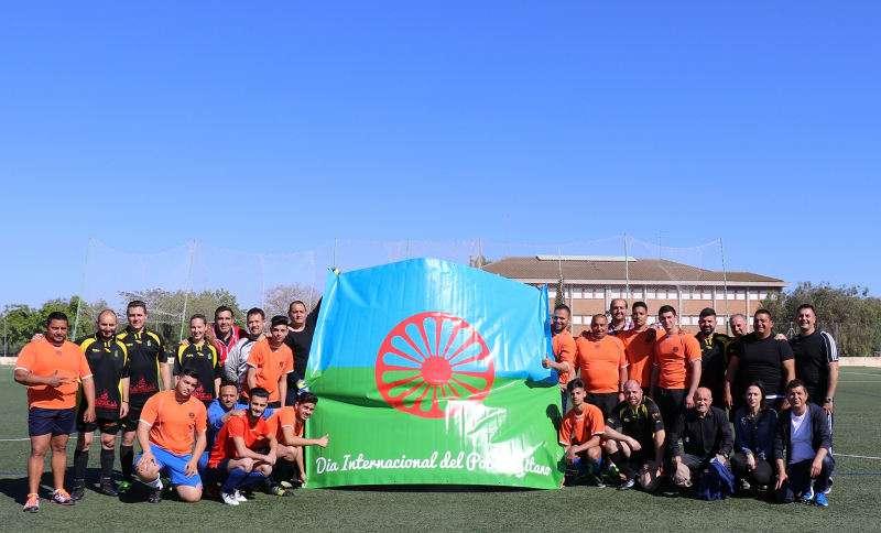 Partido de fútbol en Torrent por el Día del Pueblo Gitano. EPDA