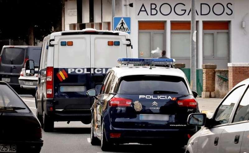 Vehículos de la Policía Nacional. EPDA
