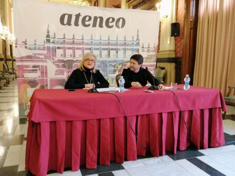 Carmen de Rosa y Juan Antonio Ram�rez. EPDA